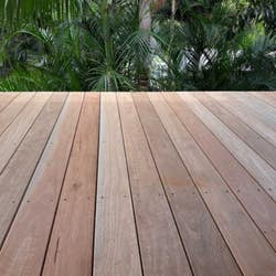134 X 22MM DECKING BORAL NSW/SOUTHERN SPOTTED GUM H3 PER LM
